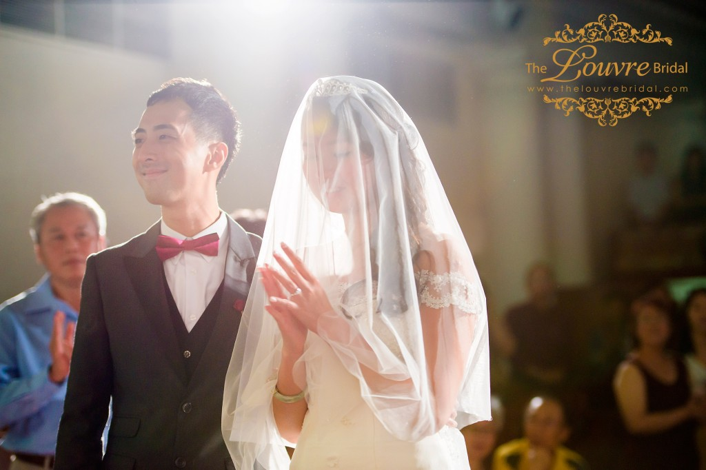 The-Louvre-Bridal-An-Inspiring-Wedding-Journey-With-Johnny-And-Lydia17