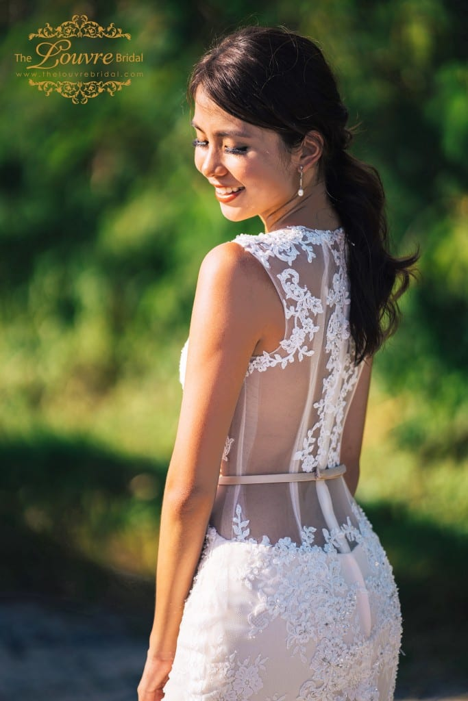 wedding-dress-cut-out-illusion-and-lace-detailing
