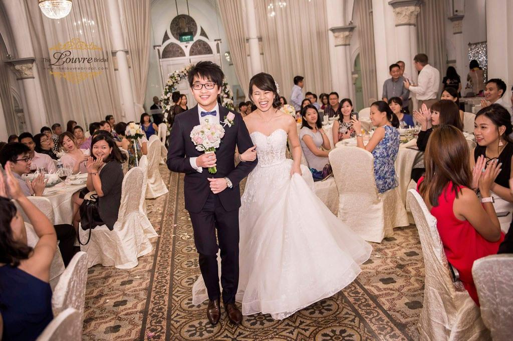 happy-wedding-couple-01