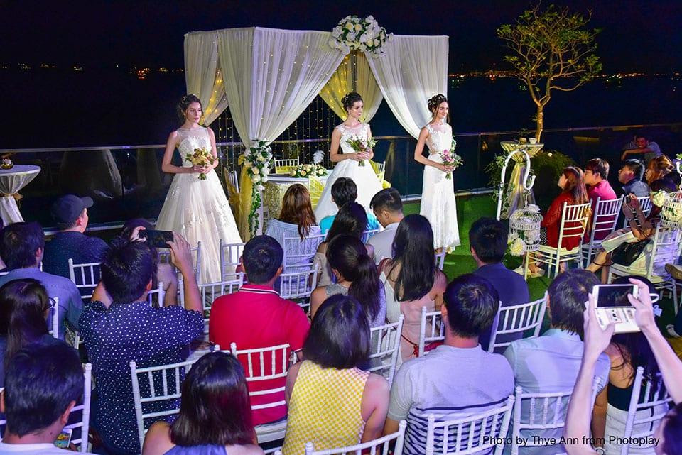 25-bridalcouturerunway