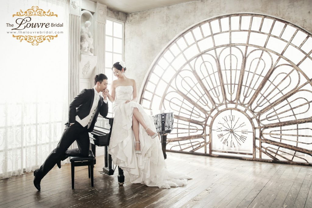 The-Louvre-Bridal-An-Inspiring-Wedding-Journey-With-Johnny-And-Lydia19