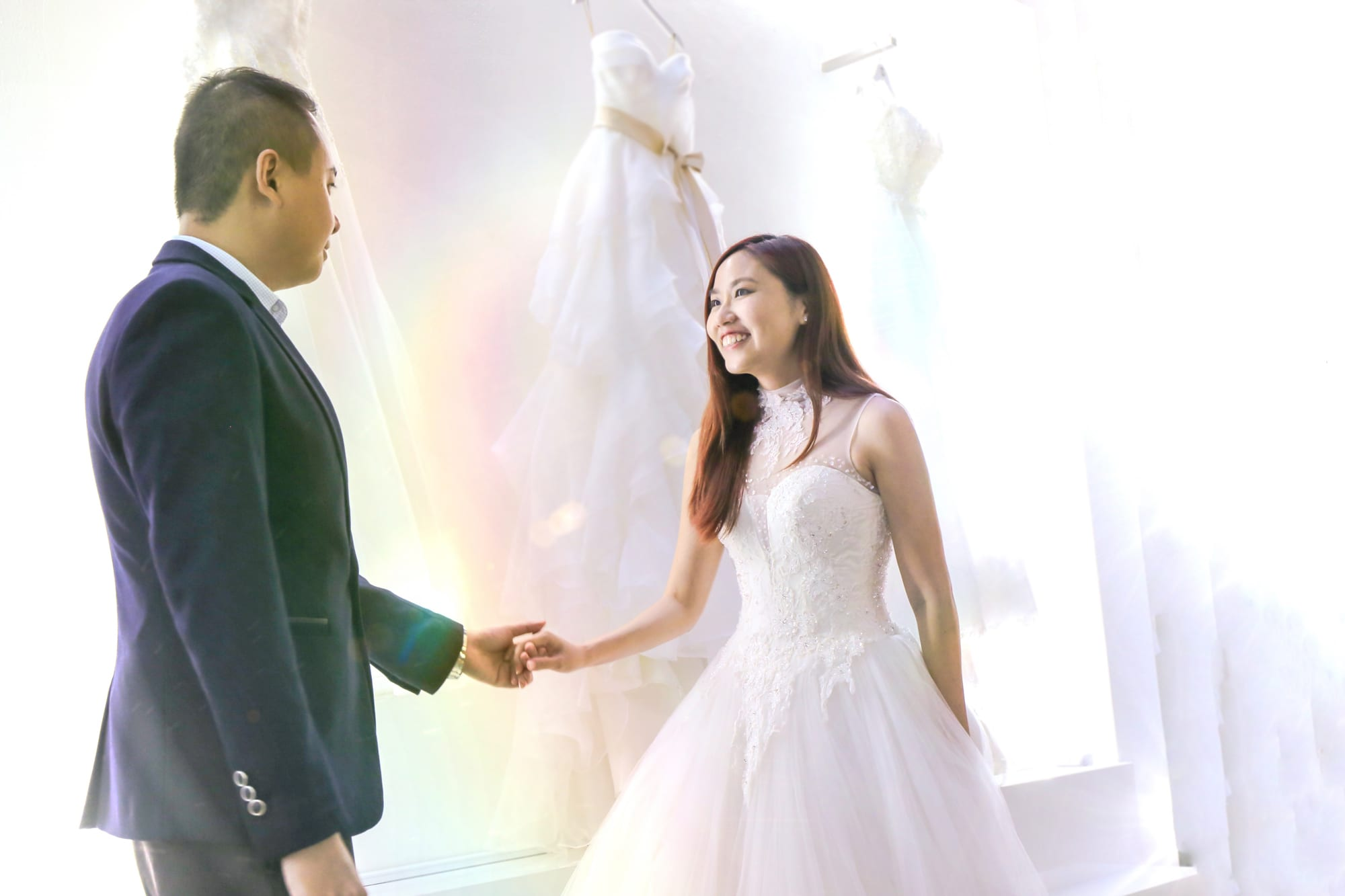 Wedding Gown Fitting Experience for Celebrity Si Tong