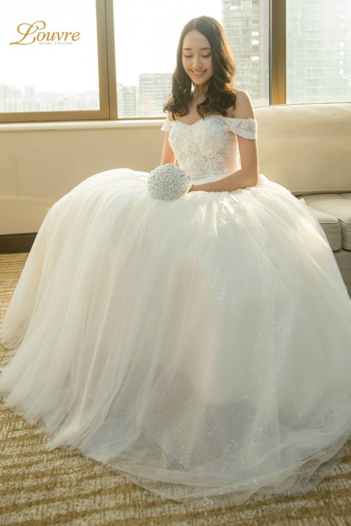 Singapore brides-ballgown-02-louvrebridalcouture