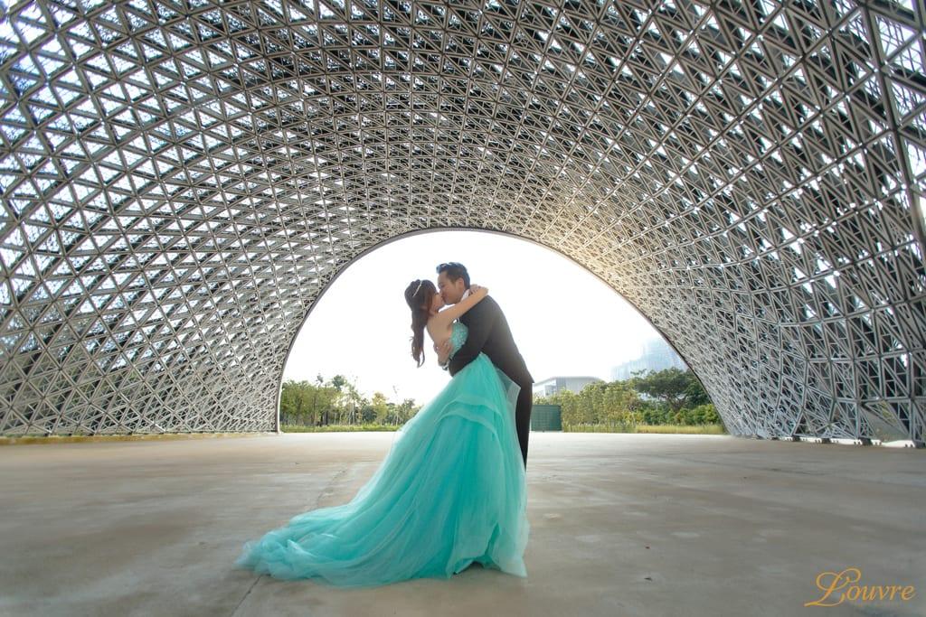 lattice-structure-x-louvre-bridal-couture-1