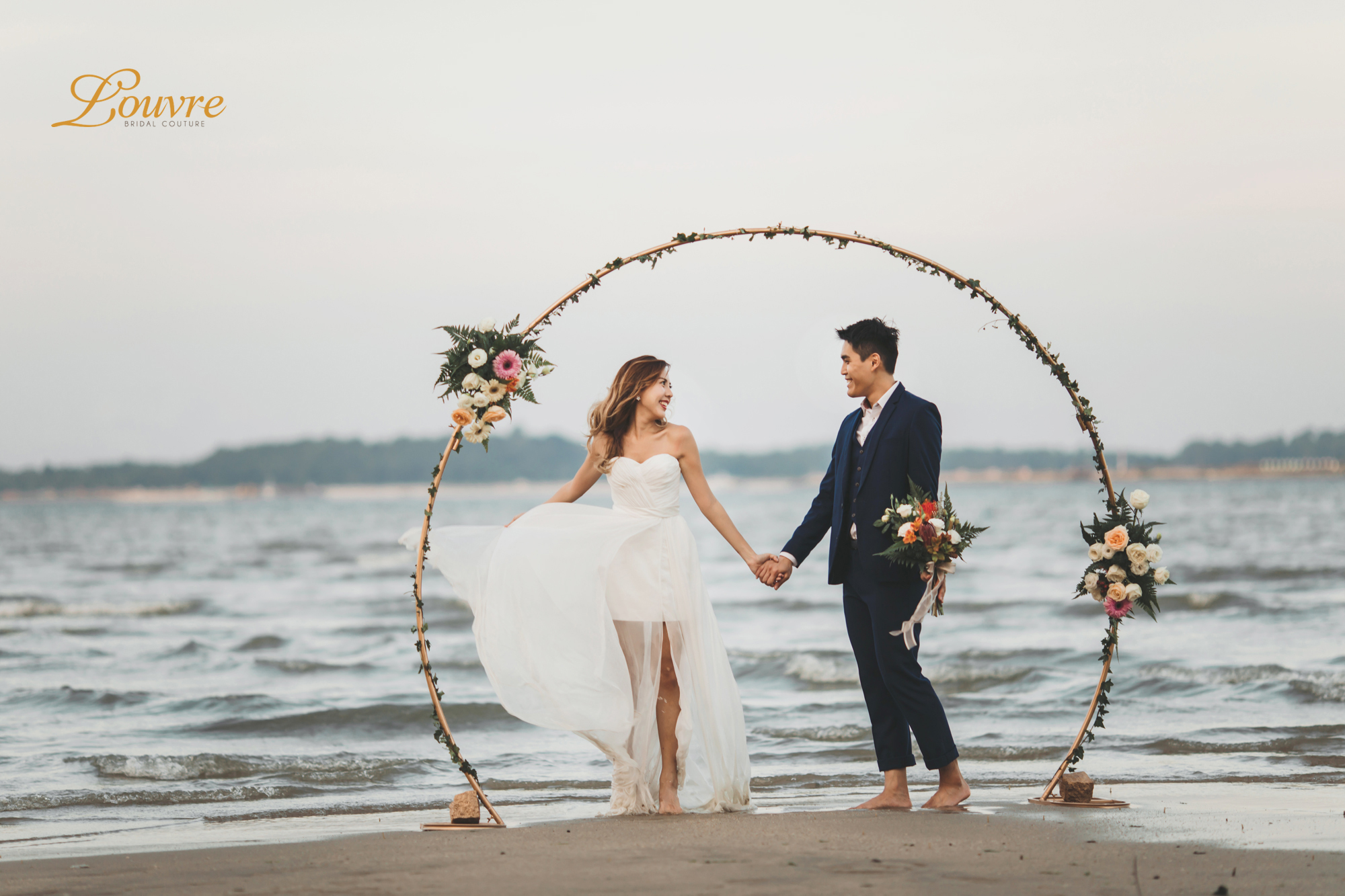 Beach Wedding Dress: 5 Beach Themed Wedding Inspirations For Singapore Brides