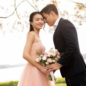 pre-wedding-photo-shoot-Singapore----Louvre-Bridal